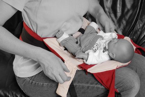 Инструкция Manduca (Мандука) - Использование вставки для новорожденного
